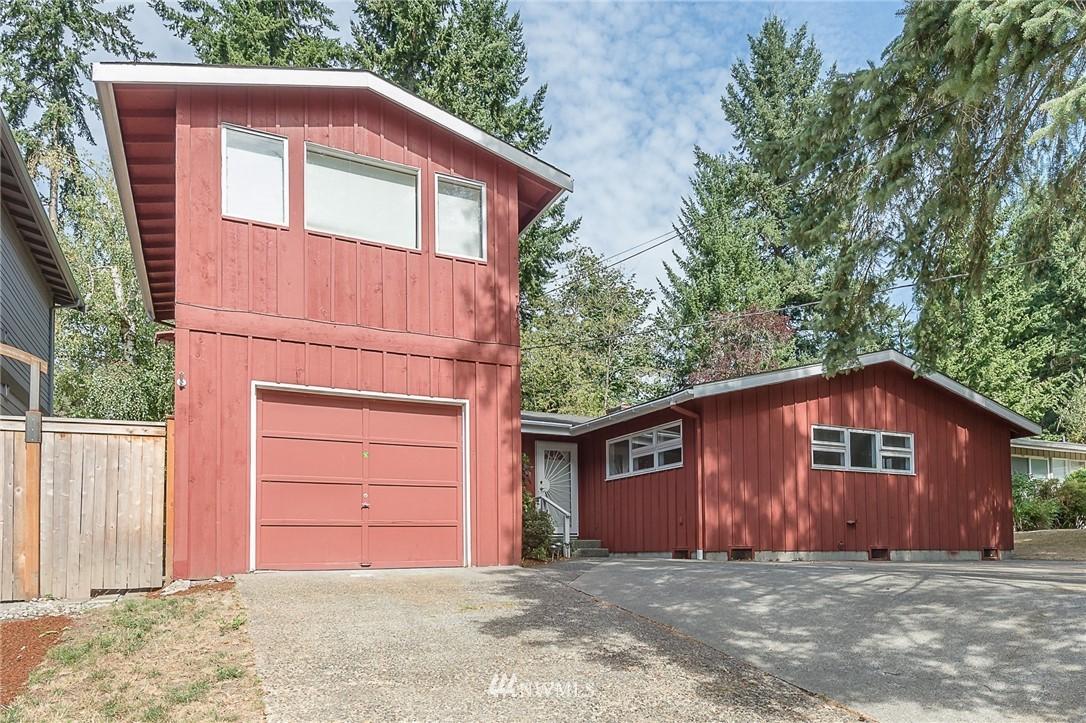 Sold Property | 2020 NE 102nd Street Seattle, WA 98125 0