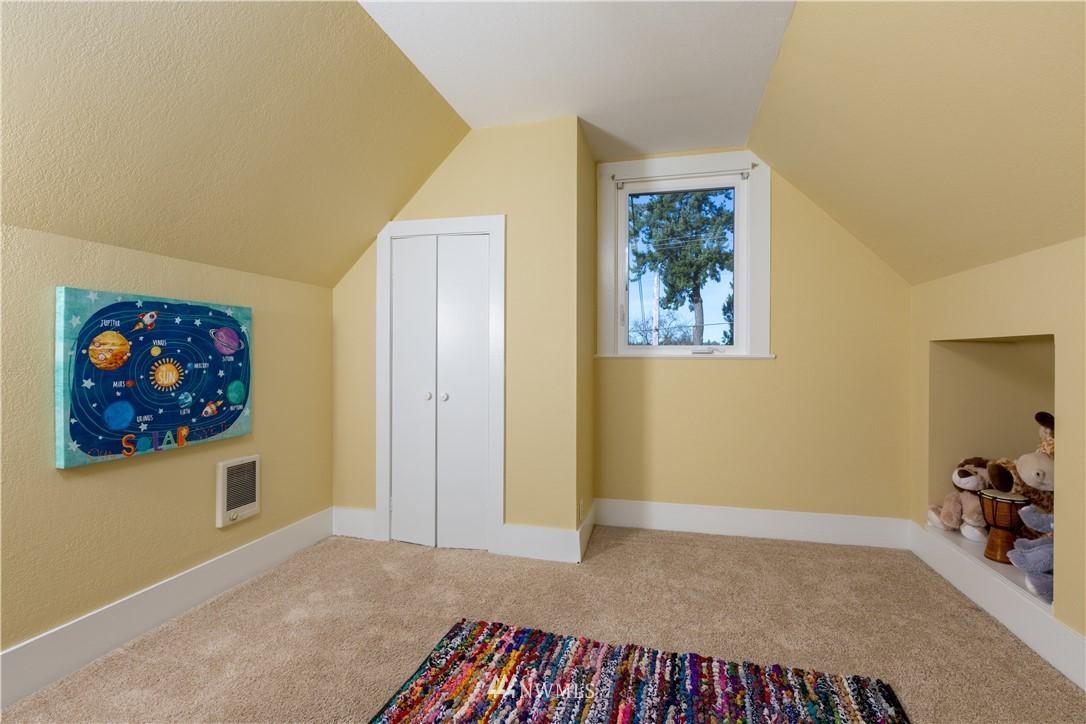 Sold Property   2118 N 62nd Street Seattle, WA 98103 7