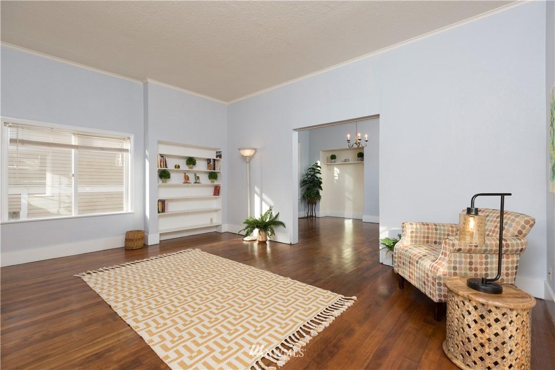 Sold Property   2118 N 62nd Street Seattle, WA 98103 4