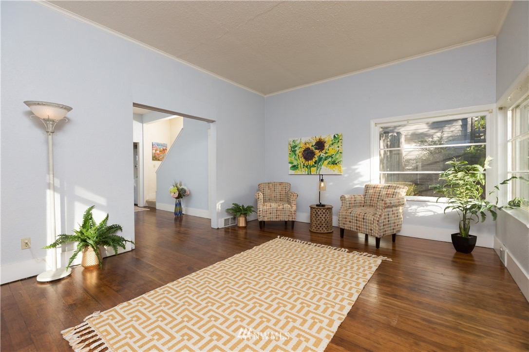 Sold Property   2118 N 62nd Street Seattle, WA 98103 3