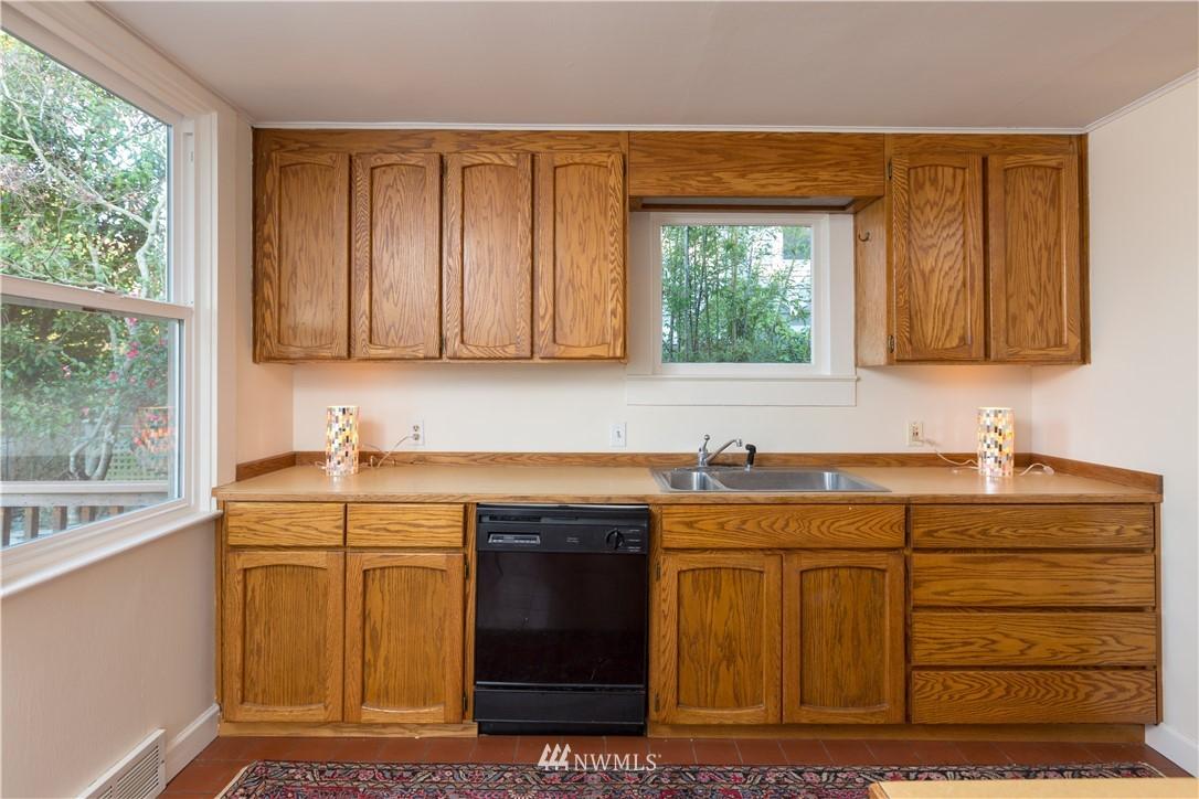 Sold Property   2118 N 62nd Street Seattle, WA 98103 11