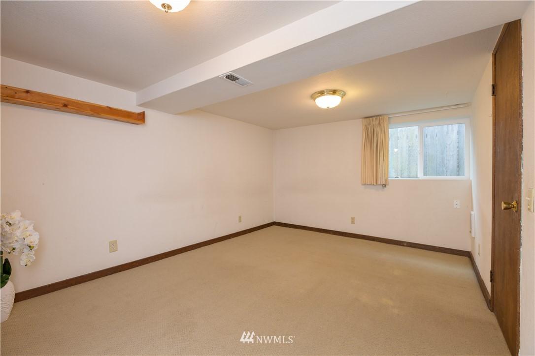 Sold Property   2118 N 62nd Street Seattle, WA 98103 22