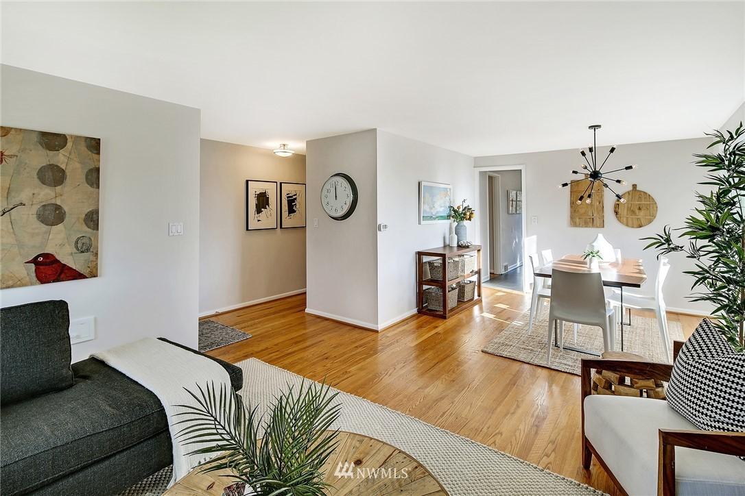 Sold Property | 8012 Corliss Avenue N Seattle, WA 98103 4
