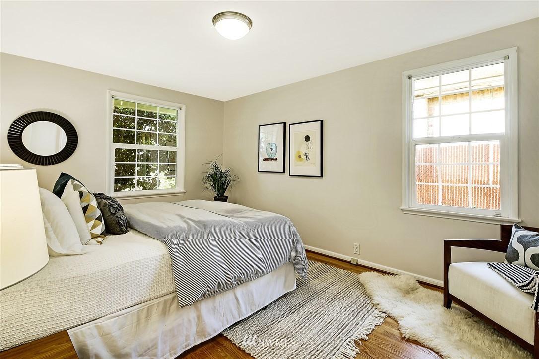 Sold Property | 8012 Corliss Avenue N Seattle, WA 98103 9