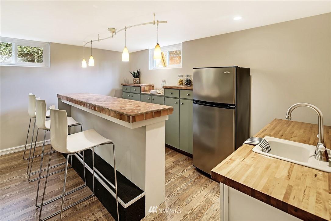 Sold Property | 8012 Corliss Avenue N Seattle, WA 98103 14