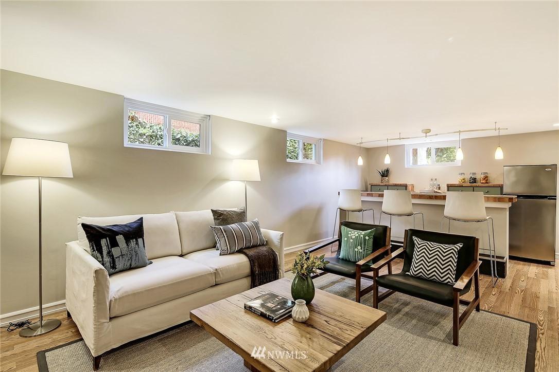 Sold Property | 8012 Corliss Avenue N Seattle, WA 98103 15