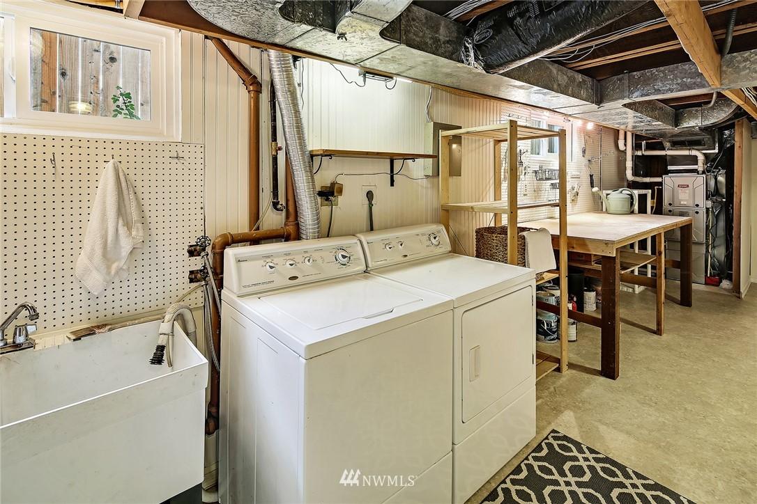 Sold Property | 8012 Corliss Avenue N Seattle, WA 98103 16