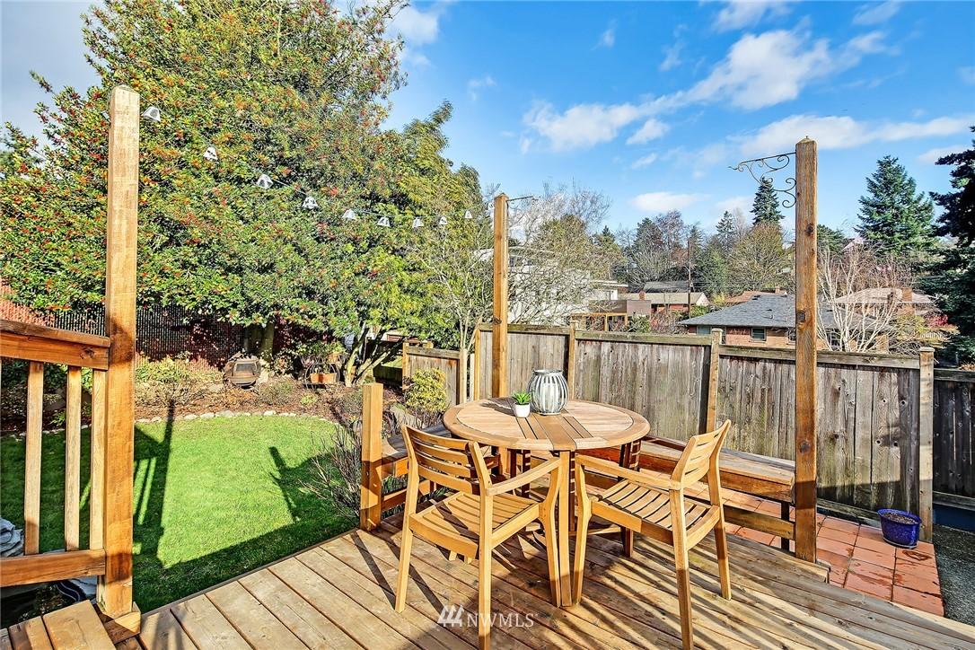 Sold Property | 8012 Corliss Avenue N Seattle, WA 98103 17