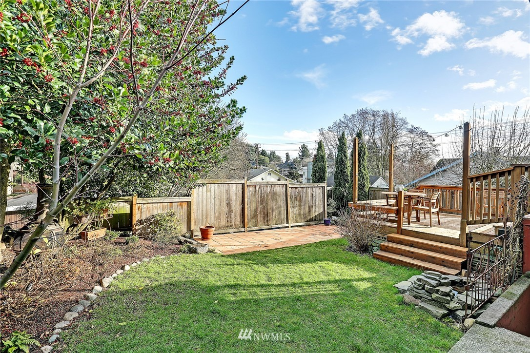 Sold Property | 8012 Corliss Avenue N Seattle, WA 98103 19