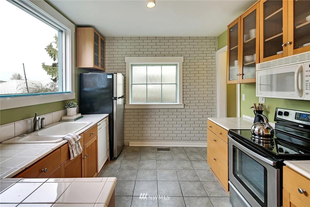 Sold Property   116 N 54th Street Seattle, WA 98103 4
