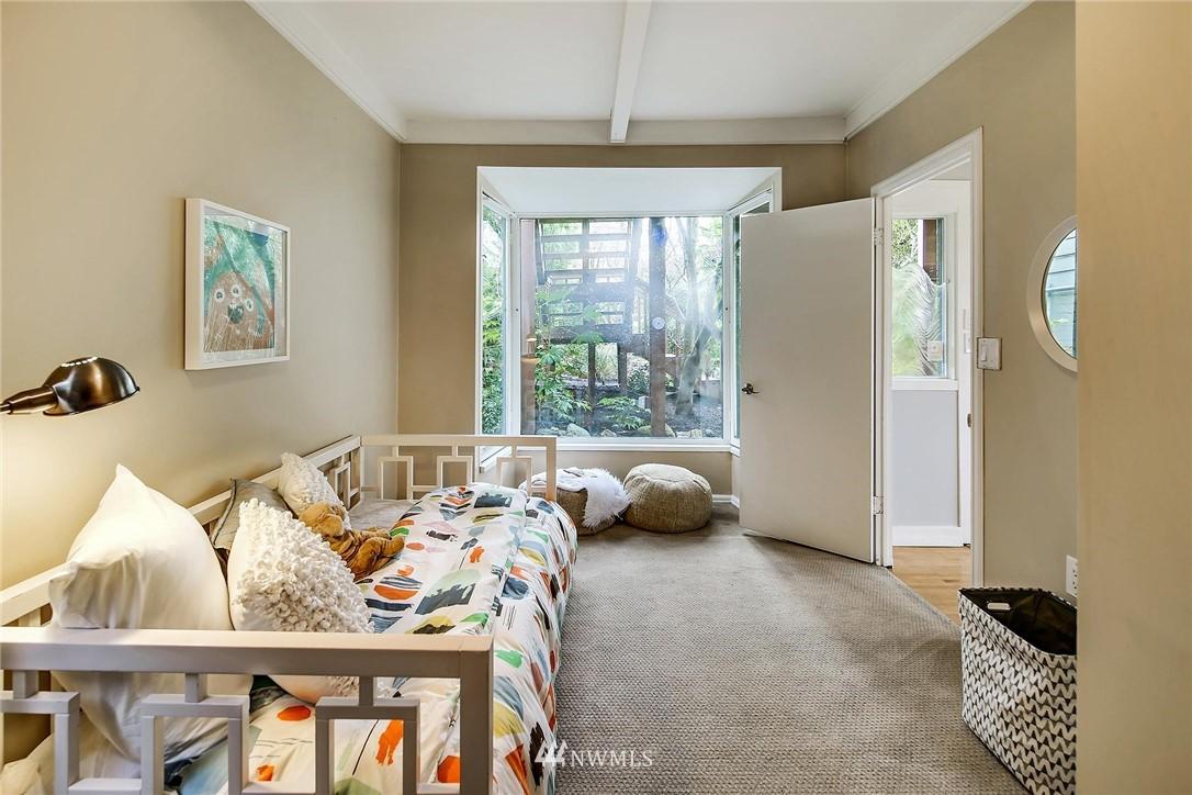 Sold Property   116 N 54th Street Seattle, WA 98103 13