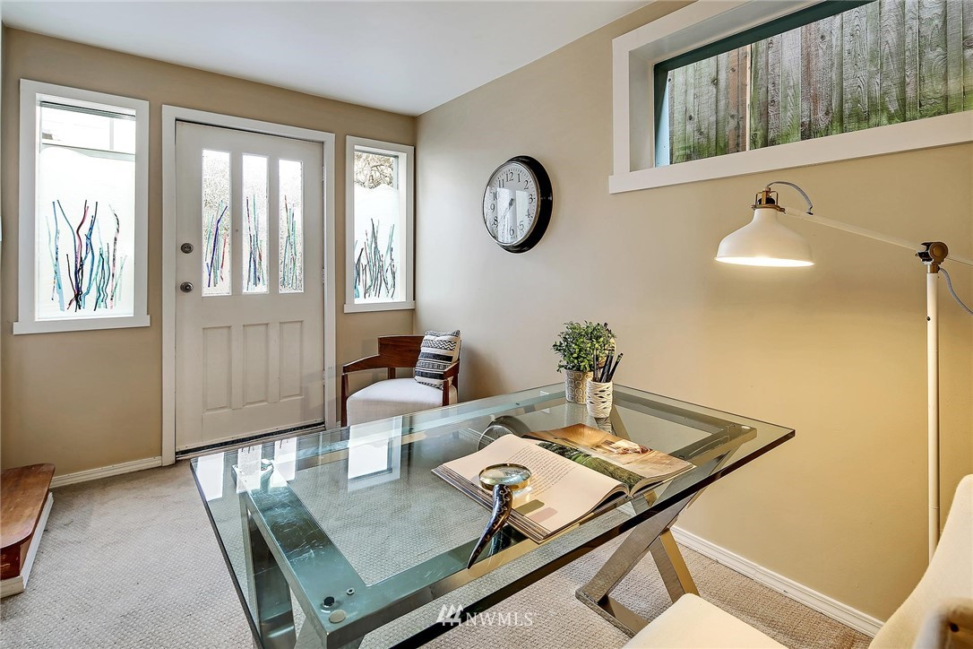 Sold Property   116 N 54th Street Seattle, WA 98103 14