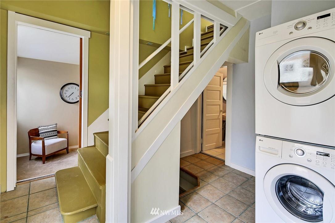 Sold Property   116 N 54th Street Seattle, WA 98103 15