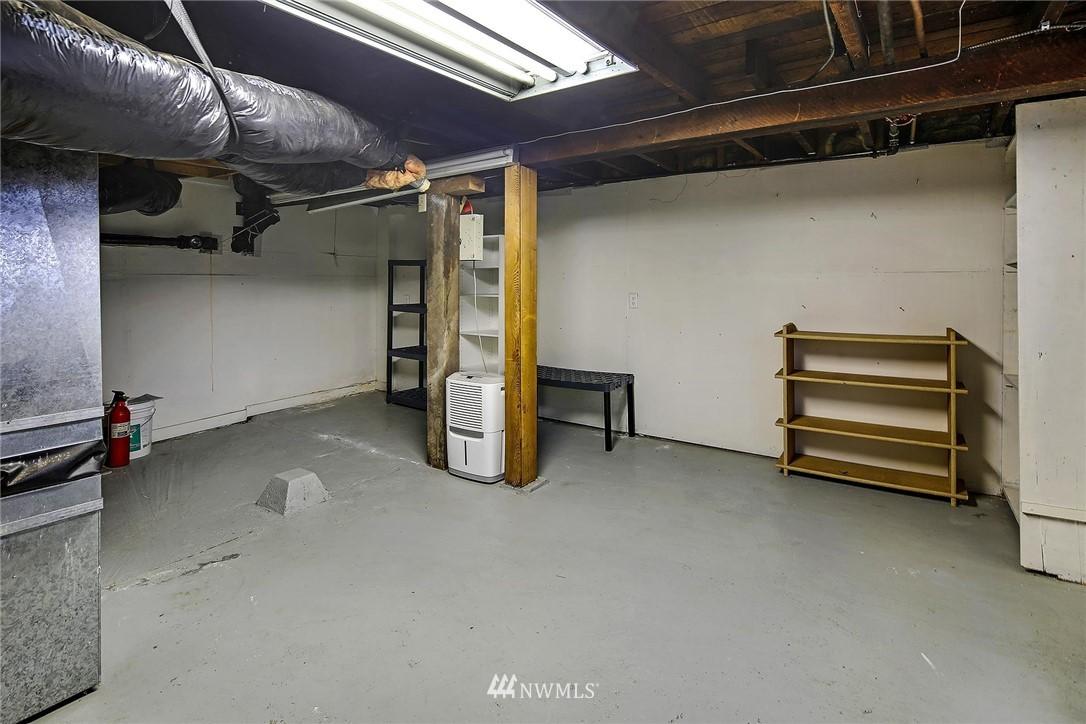 Sold Property   116 N 54th Street Seattle, WA 98103 16
