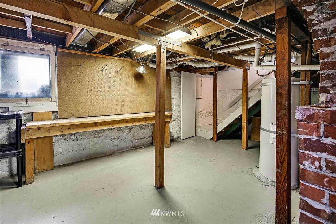 Sold Property   116 N 54th Street Seattle, WA 98103 17