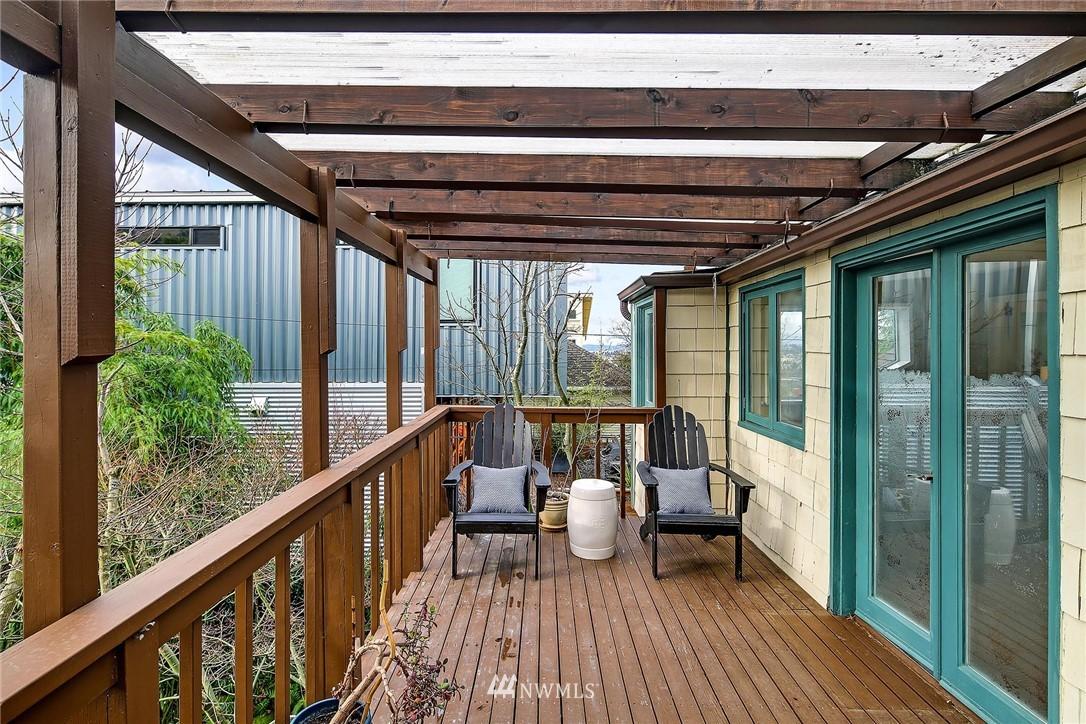 Sold Property   116 N 54th Street Seattle, WA 98103 20