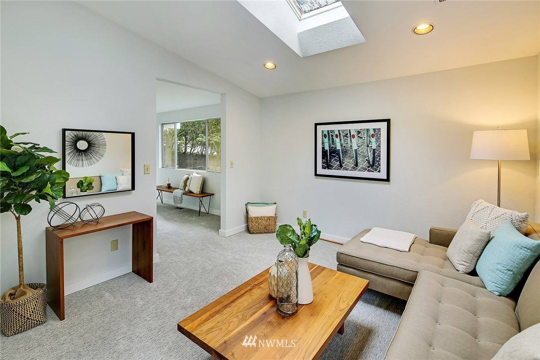 Sold Property   8012 NE 128 Street Kirkland, WA 98034 4