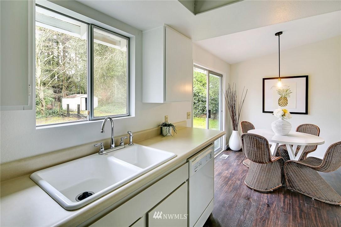 Sold Property   8012 NE 128 Street Kirkland, WA 98034 5