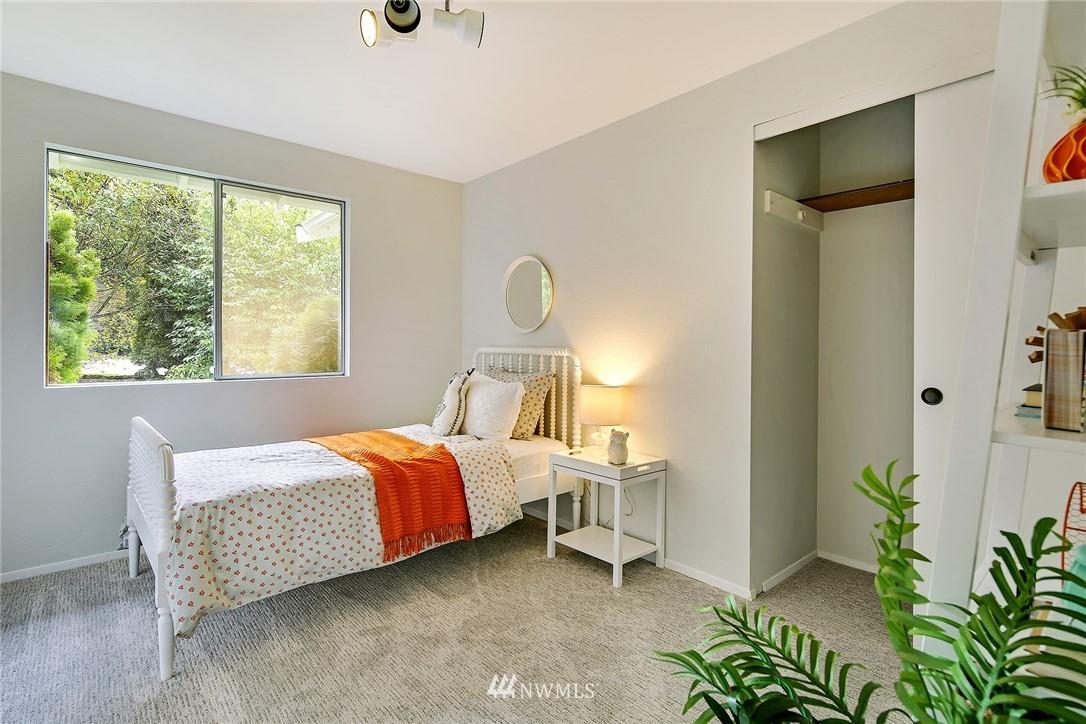 Sold Property   8012 NE 128 Street Kirkland, WA 98034 12