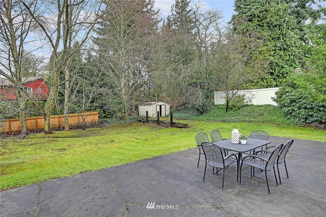 Sold Property   8012 NE 128 Street Kirkland, WA 98034 15