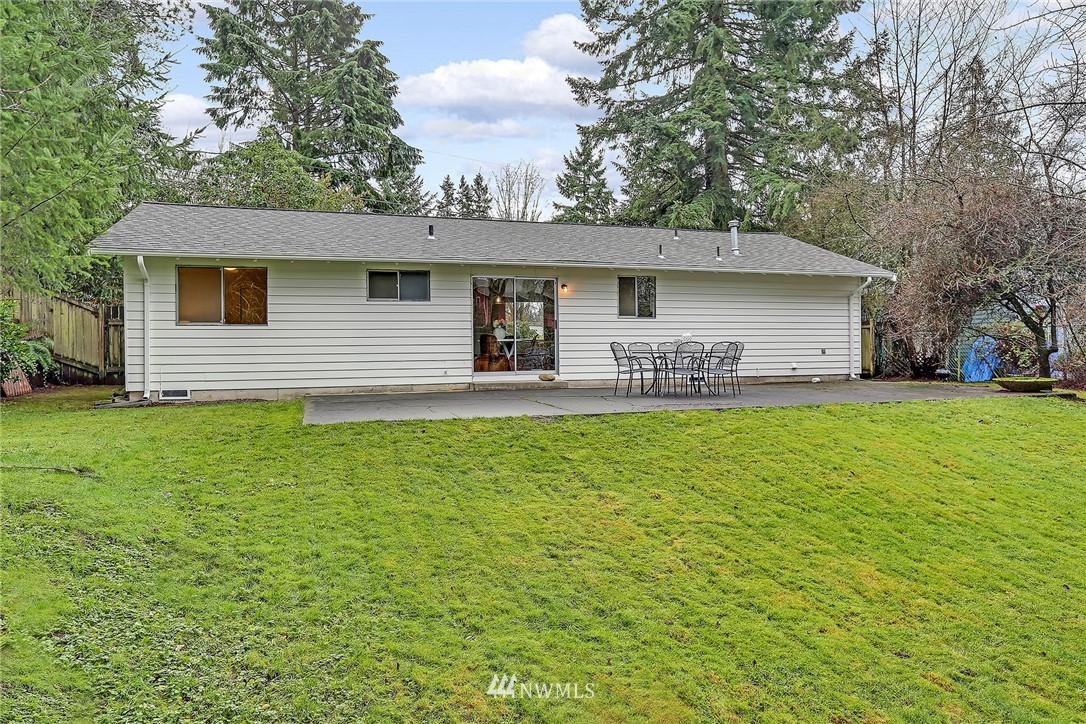 Sold Property   8012 NE 128 Street Kirkland, WA 98034 16