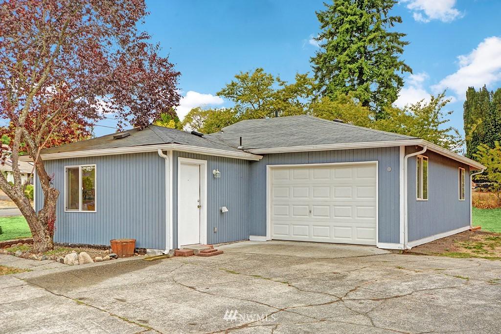 Sold Property | 24109 57th Place W Mountlake Terrace, WA 98043 1