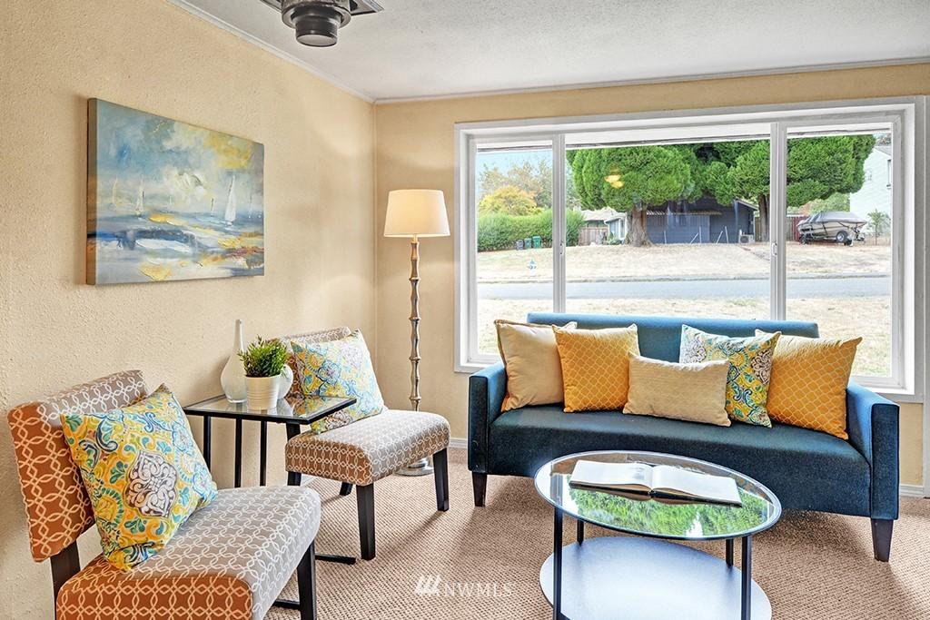 Sold Property | 24109 57th Place W Mountlake Terrace, WA 98043 3