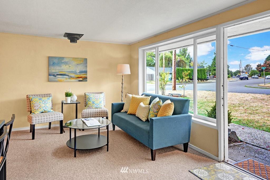 Sold Property | 24109 57th Place W Mountlake Terrace, WA 98043 4