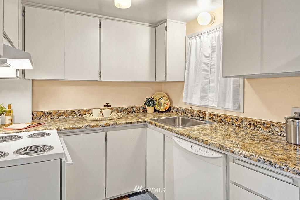 Sold Property | 24109 57th Place W Mountlake Terrace, WA 98043 7