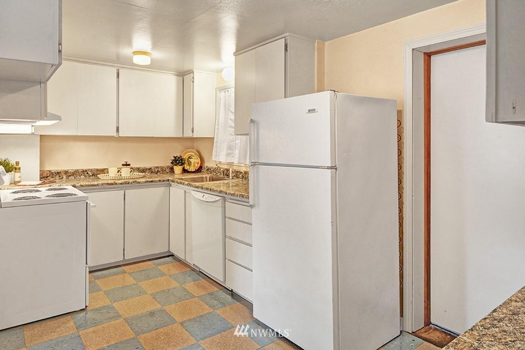 Sold Property | 24109 57th Place W Mountlake Terrace, WA 98043 8