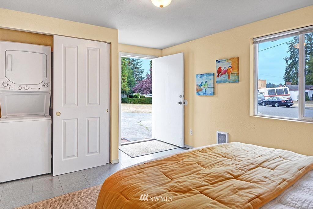 Sold Property | 24109 57th Place W Mountlake Terrace, WA 98043 12