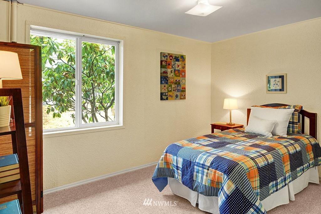 Sold Property | 24109 57th Place W Mountlake Terrace, WA 98043 13