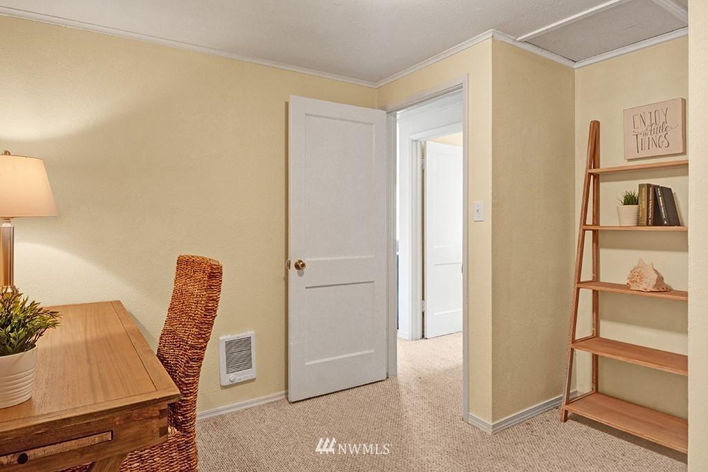 Sold Property | 24109 57th Place W Mountlake Terrace, WA 98043 14
