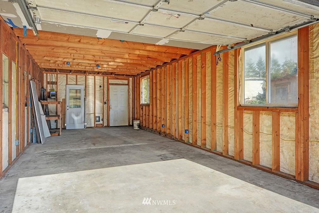 Sold Property | 24109 57th Place W Mountlake Terrace, WA 98043 19