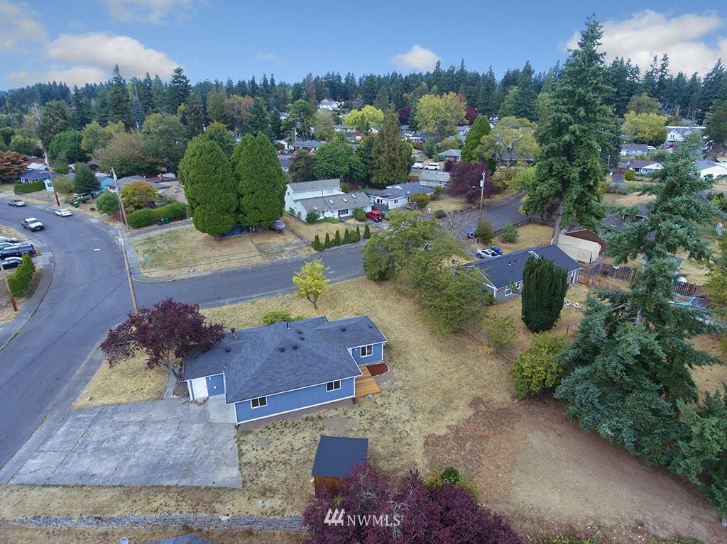 Sold Property | 24109 57th Place W Mountlake Terrace, WA 98043 20