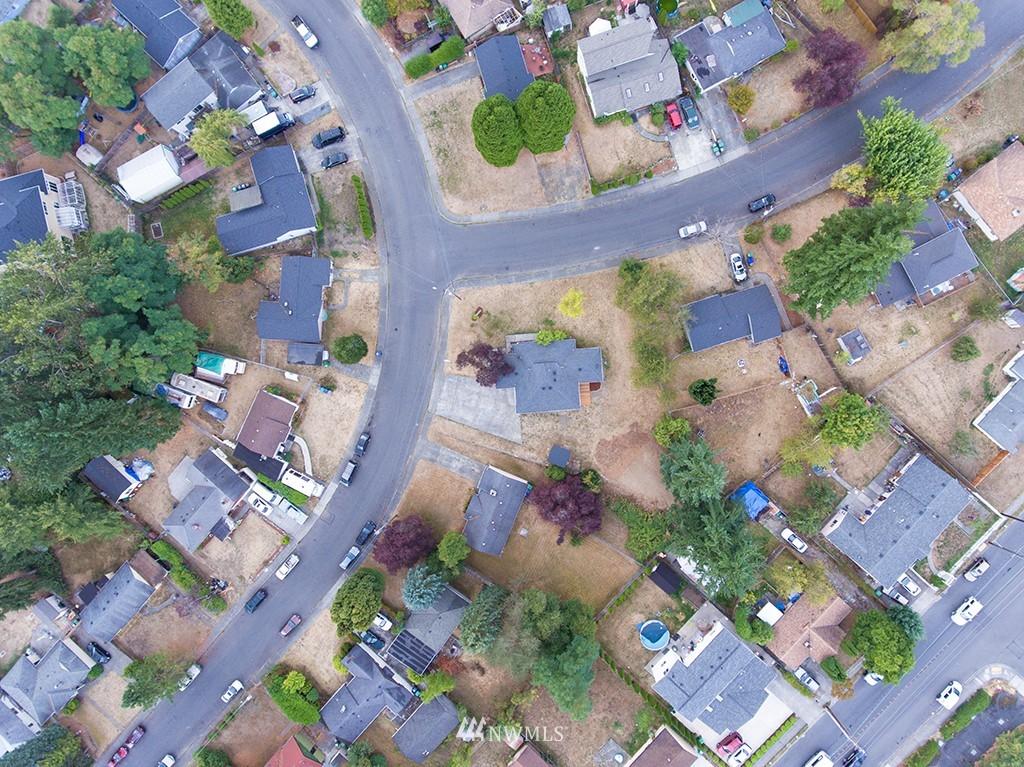 Sold Property | 24109 57th Place W Mountlake Terrace, WA 98043 22