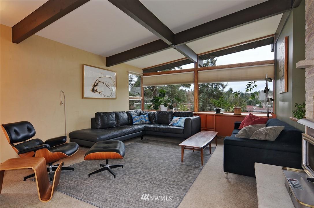 Sold Property | 13314 23rd Avenue NE Seattle, WA 98125 5