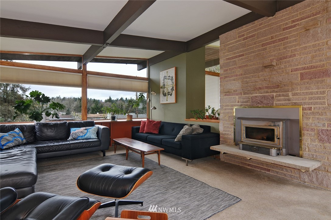 Sold Property | 13314 23rd Avenue NE Seattle, WA 98125 6