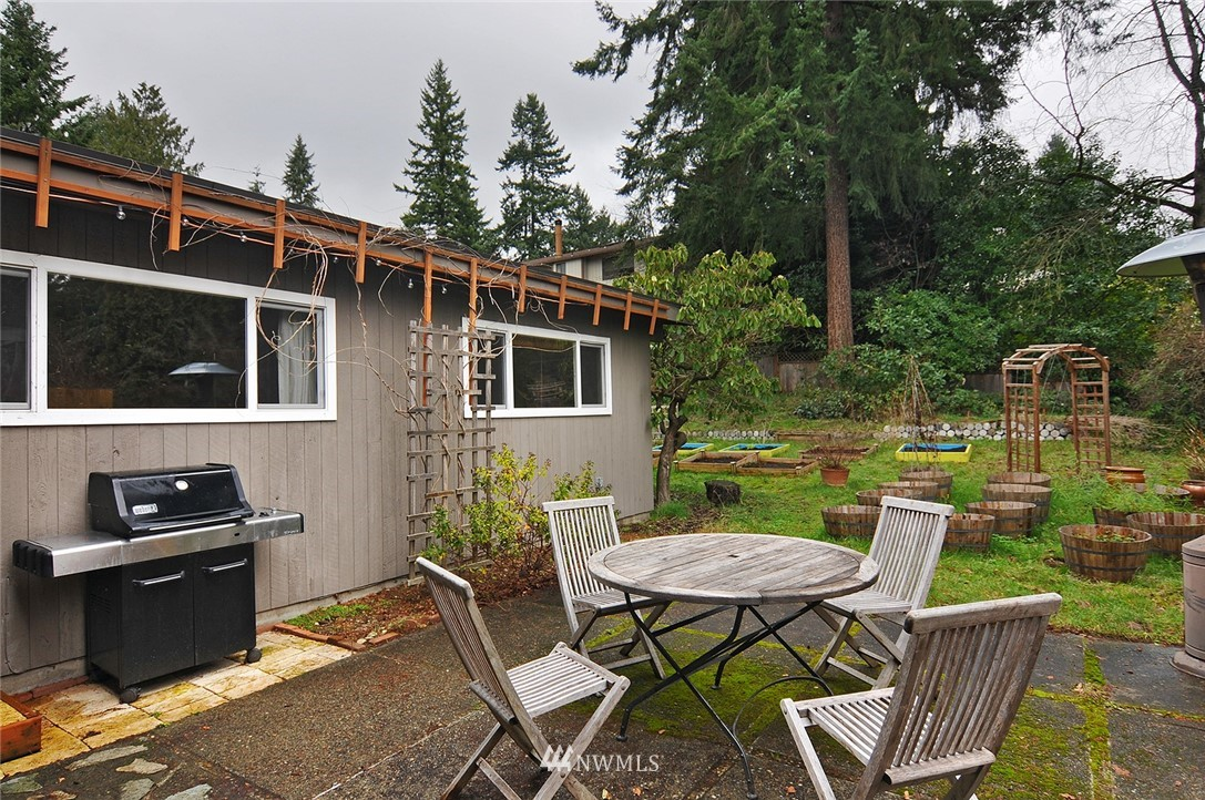 Sold Property | 13314 23rd Avenue NE Seattle, WA 98125 20