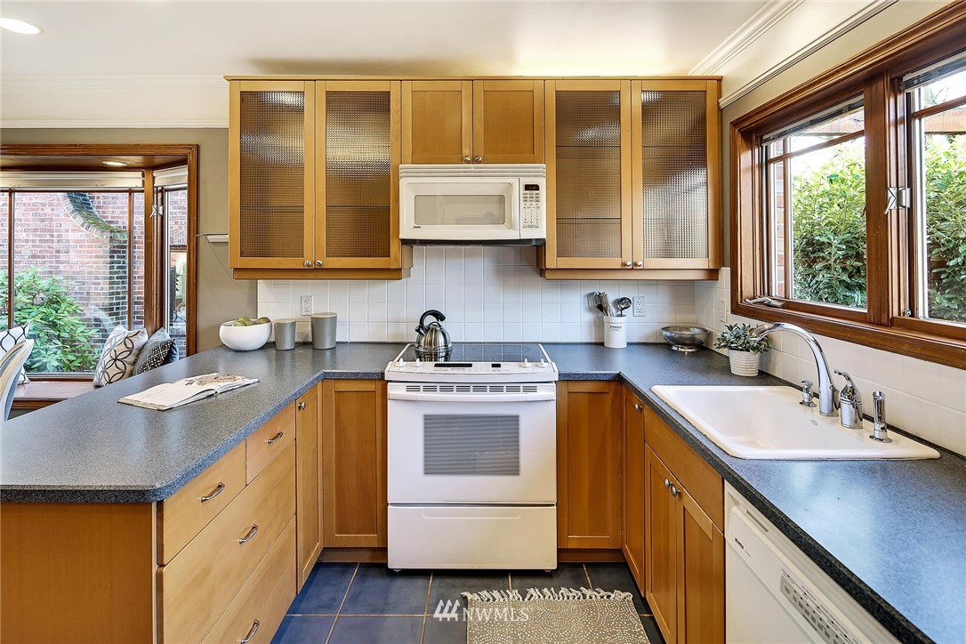 Sold Property   7749 Mary Avenue NW Seattle, WA 98117 8