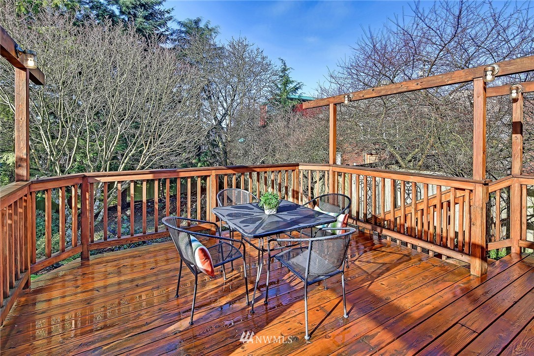Sold Property   7749 Mary Avenue NW Seattle, WA 98117 17