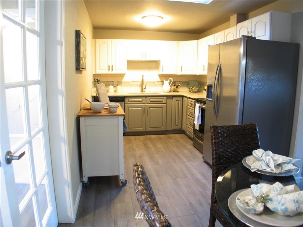Sold Property | 6204 225th Place SW Mountlake Terrace, WA 98043 9