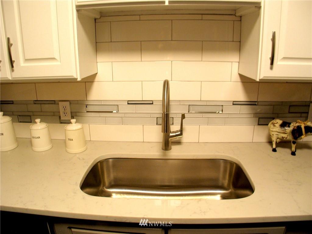 Sold Property | 6204 225th Place SW Mountlake Terrace, WA 98043 10