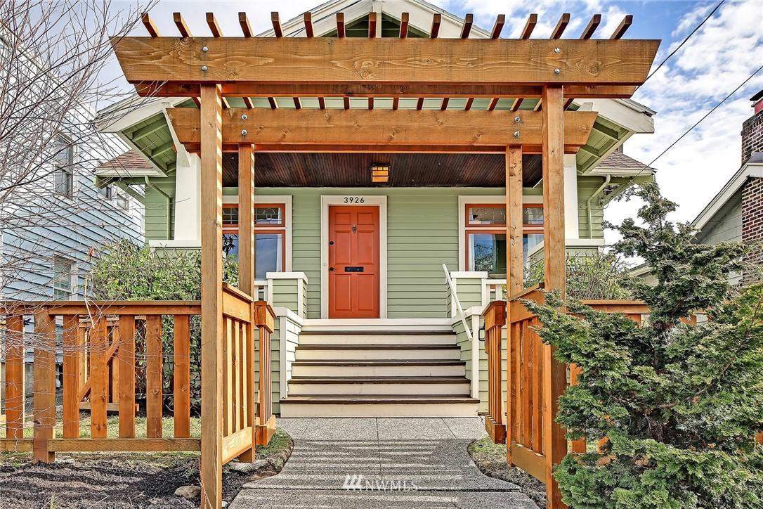 Sold Property   3926 Wallingford Avenue N Seattle, WA 98103 2