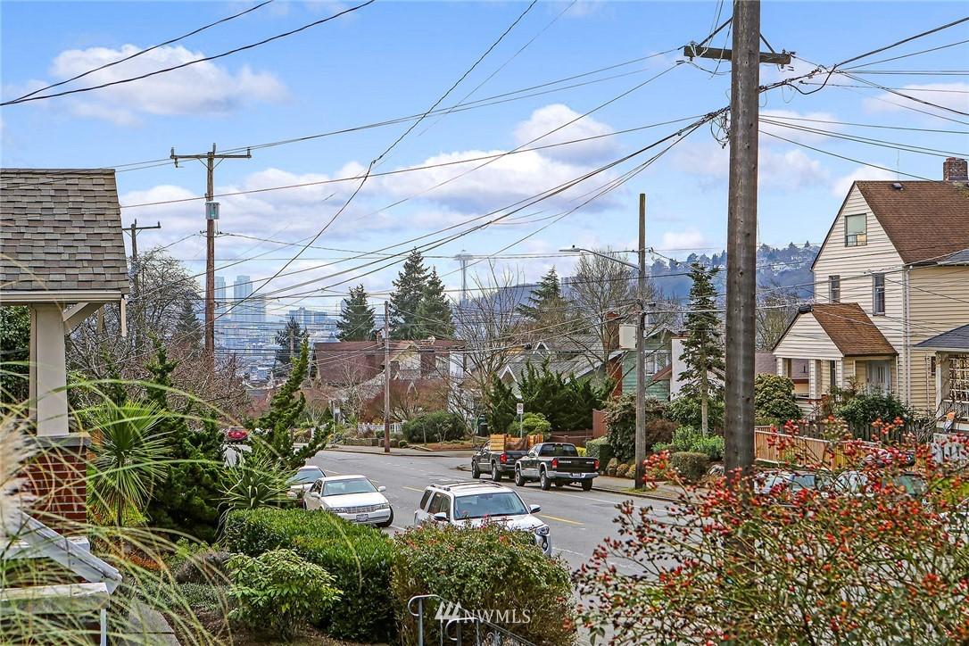 Sold Property   3926 Wallingford Avenue N Seattle, WA 98103 3