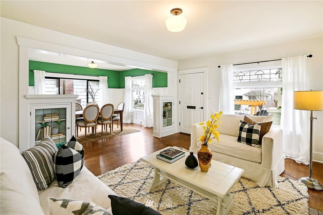 Sold Property   3926 Wallingford Avenue N Seattle, WA 98103 4