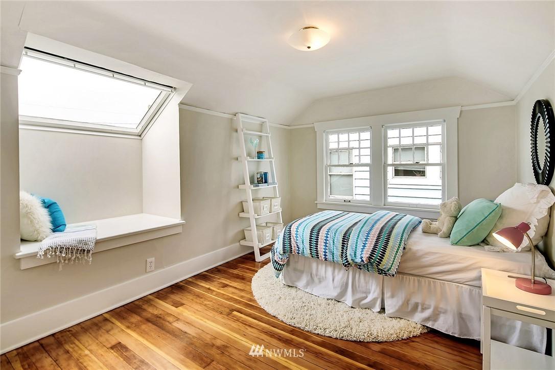 Sold Property   3926 Wallingford Avenue N Seattle, WA 98103 15