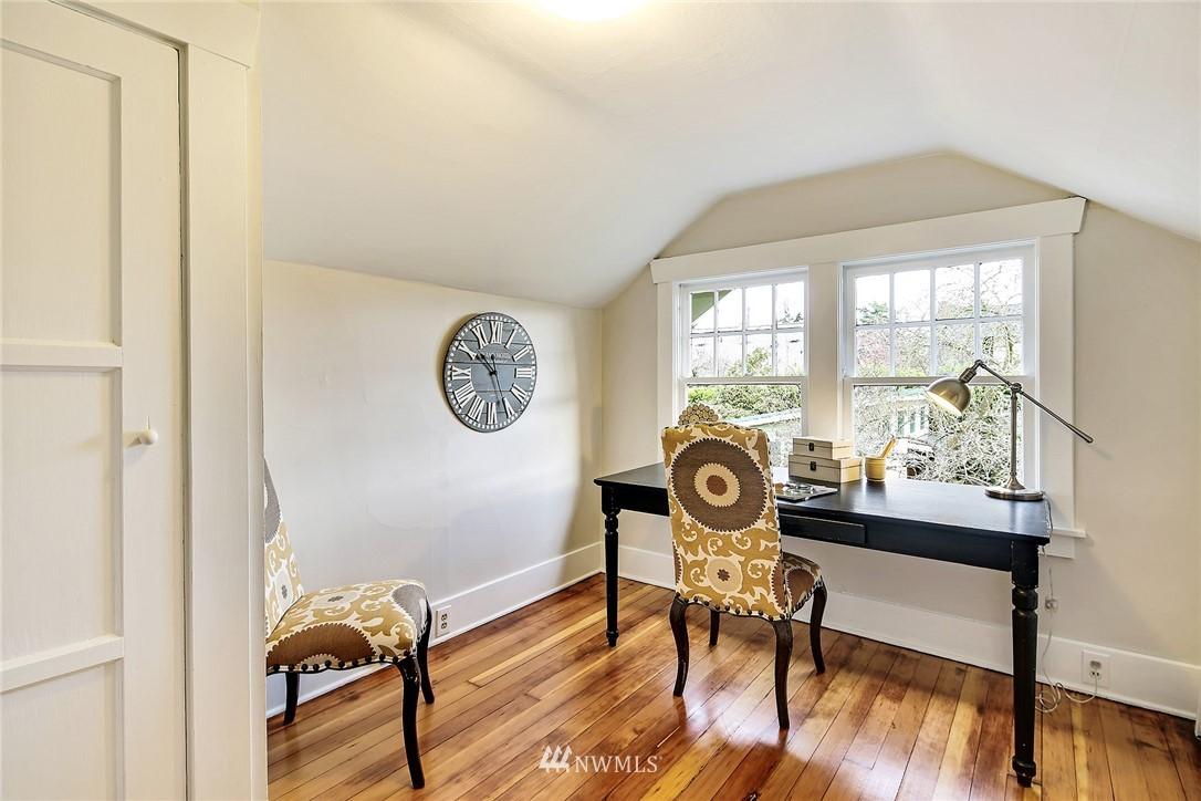 Sold Property   3926 Wallingford Avenue N Seattle, WA 98103 17