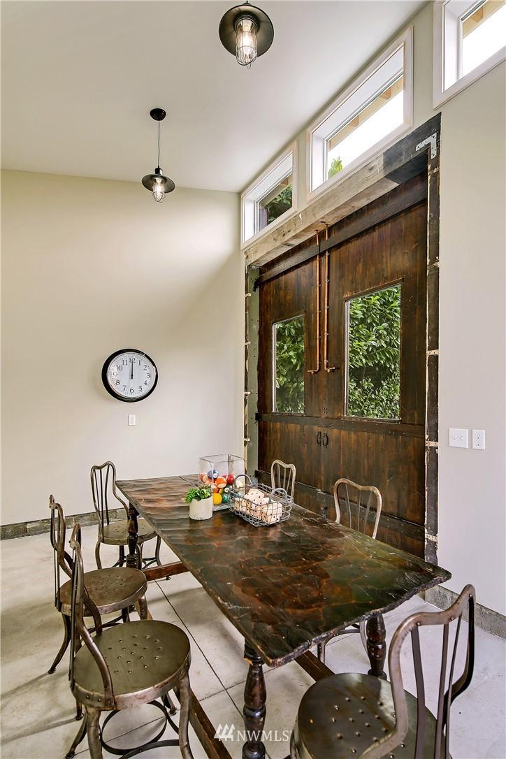 Sold Property   3926 Wallingford Avenue N Seattle, WA 98103 19