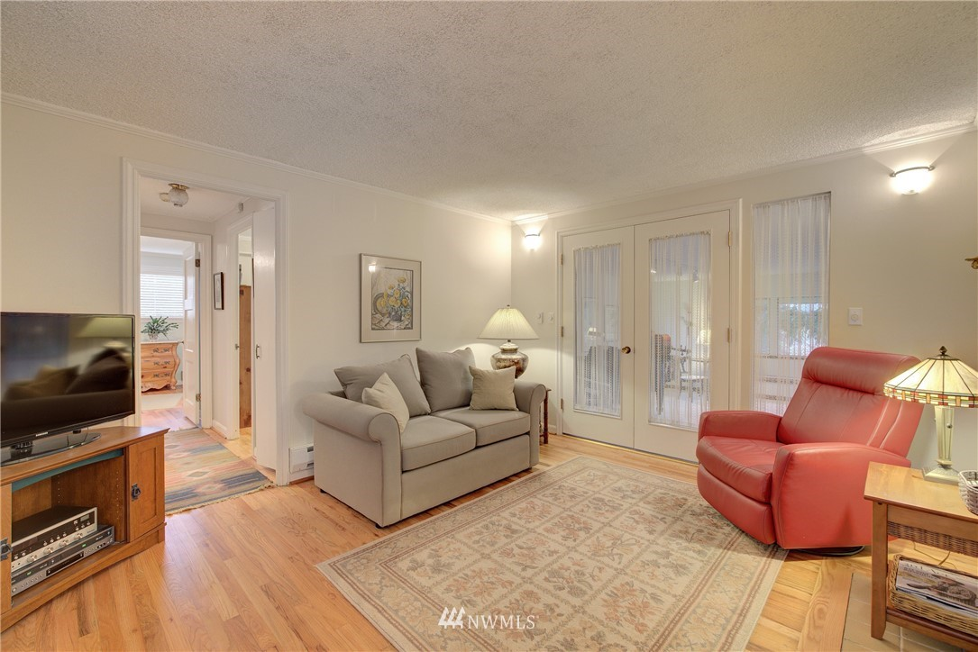 Sold Property   9726 20th Avenue NE Seattle, WA 98115 1